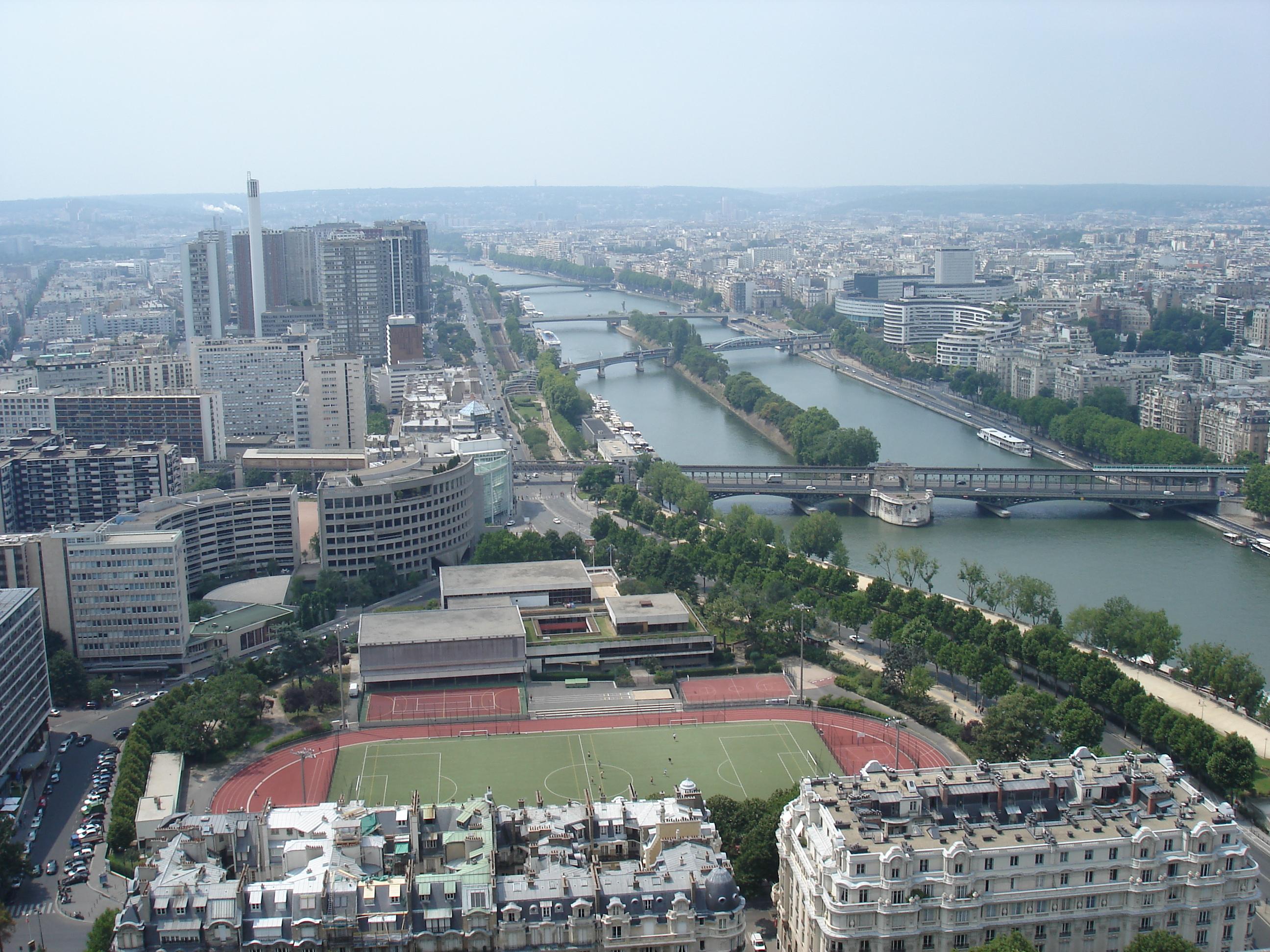 Bien choisir un plombier à Paris